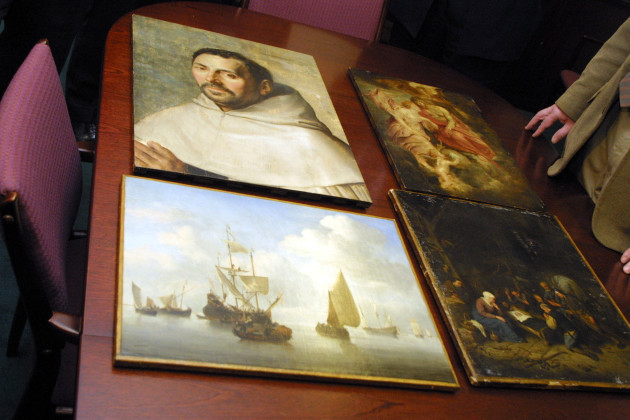 STOLEN PAINTINGS FROM RUSSBOROUGH ORGAINSED CRIME GANGS IN IRELAND ROBBERIES ART THEFT