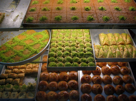 Buying baklava