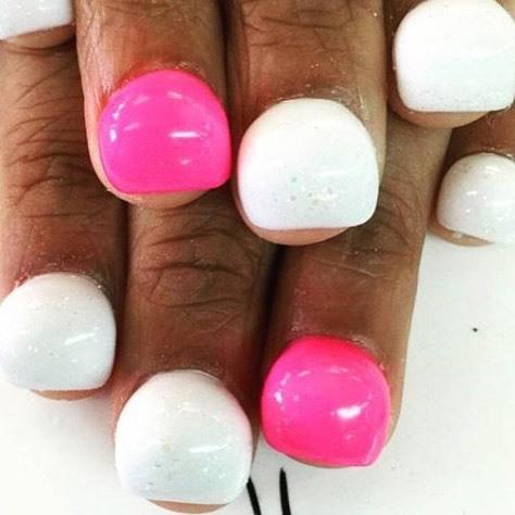 ¿Que esto es moda? #BubbleNails #Antifashion #Nomeguste  #Delamodaloqueteacomoda - Bubble Nails' Are The Latest Nail Art Trend, And They'll Make You