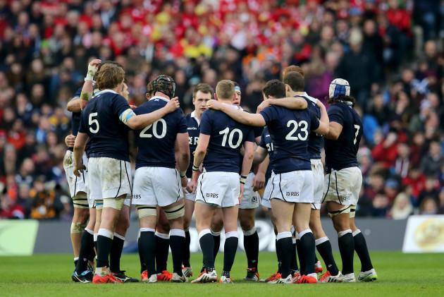 Scotland team huddle
