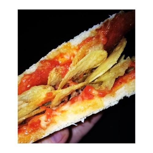 Tayto pepperoni pizza sandwich