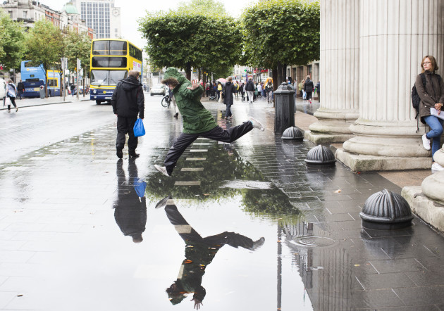 19/8/2015. A member of the public jumps over a pud