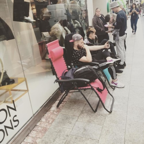 Queue beginning a day early for #yeezyboost trainers #bt2 #brownthomasdublin #yeezy #kanye