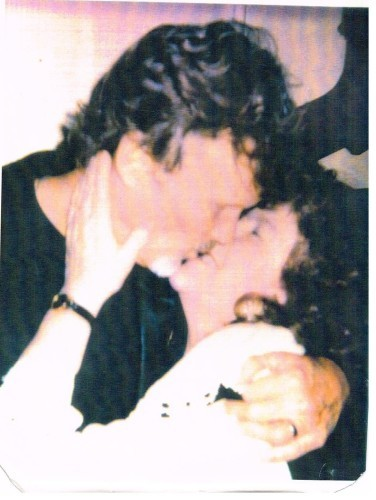 Maureen & Kris Kristofferson first kiss