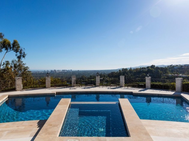 the-views-only-get-better-as-you-submerge-yourself-in-the-sleek-pool