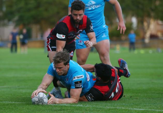 Andrew Trimble scores a try