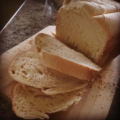 Made my own bread. #bread #food #bake #whitebread #wasbored #yummy #smellsgood #tastesgood #enjoy #domesticgod
