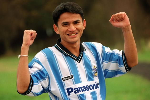 Soccer - Nationwide League Division One - Kiatisuk Senamung Signs For Huddersfield Town