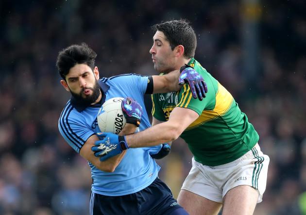 Bryan Sheehan tackles Cian O'Sullivan