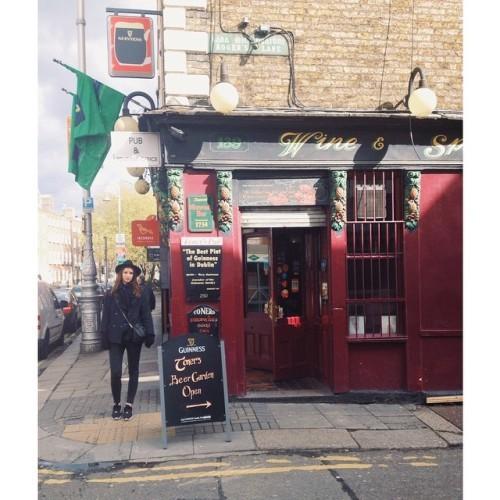 pub crawlin' #toomuchguinness #dublin