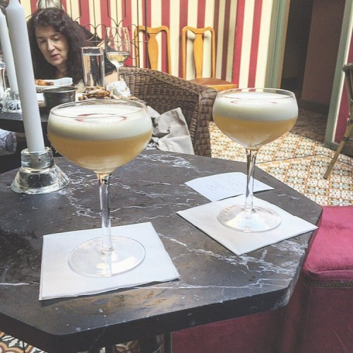 Passionfruit pisco sours