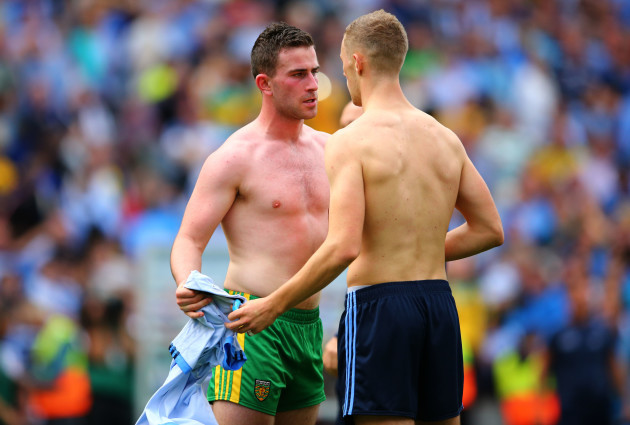 Patrick McBrearty and Paul Mannion exchange jersey's