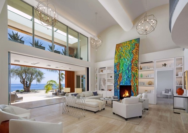 inside-the-house-is-light-and-airy--with-fantastic-water-views