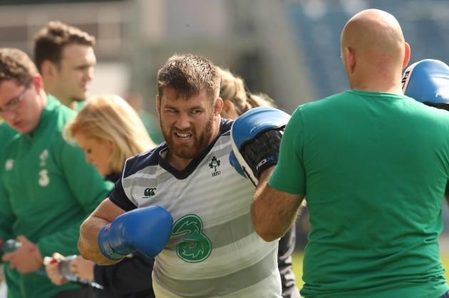 Sean O'Brien spars with Eanna Falvey