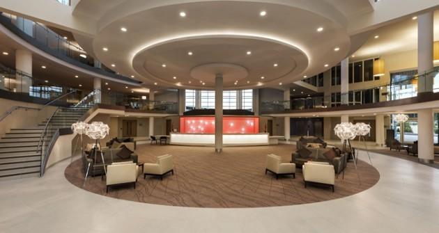 HL_lobby01_4_675x359_FitToBoxSmallDimension_Center