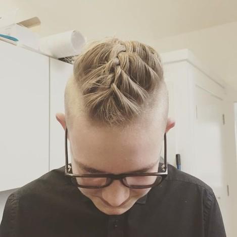 Forget the manbun! I give you the manplait! Model by our Saturday assistant Ron! #manplait #hair #messingabout #saturdayfun #salonlife