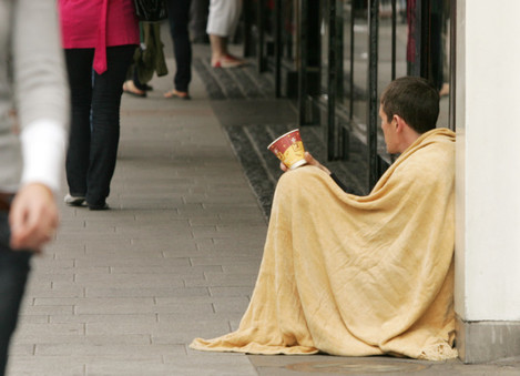 12/7/2011 Children Begging Poverty