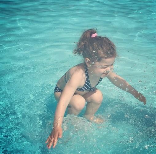 swimmingpoolgirl