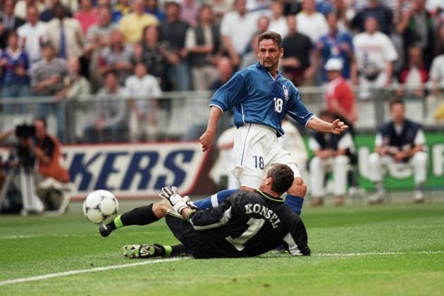 Soccer - World Cup France 98 - Group B - Italy v Austria