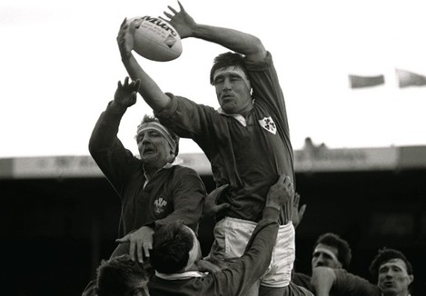 Donal Lenihan competes with Richard Moriarty