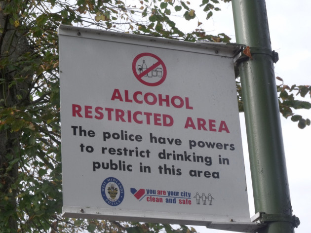 Laburnum Road, Bournville - sign - Alcohol Restricted Area