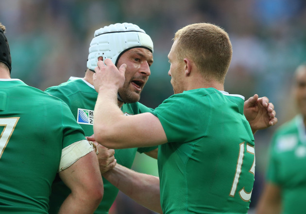 Keith Earls celebrates scoring their first try with Rory Best
