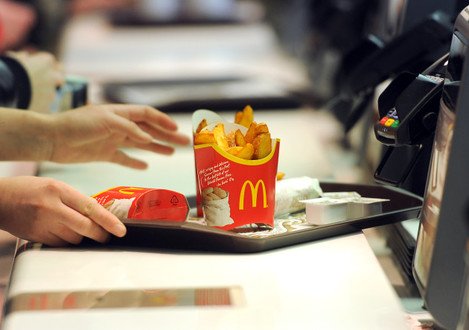 McDonald's trial table service