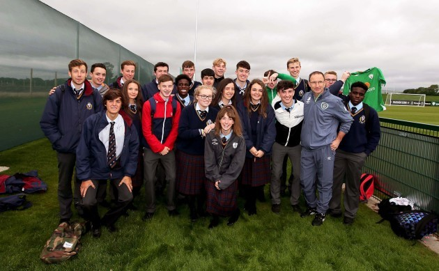 Martin O'Neill with students from Gormanstown College