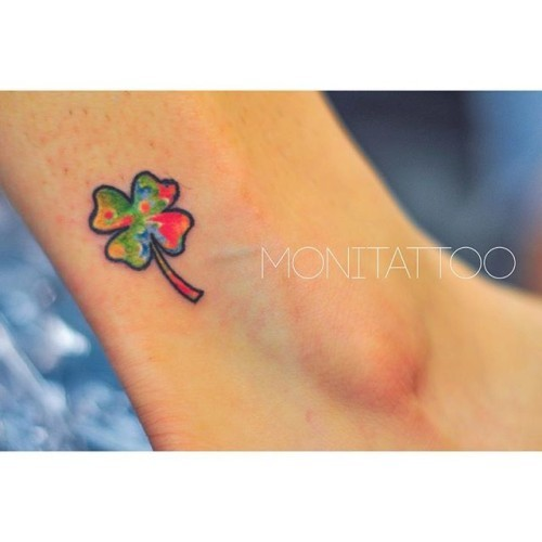 Clover | colourful luck #dublintattooartists #dublintattoo #freehandtattoo #monicagomes #monitattoo #clovertattoo #lucktattoo #luckytattoo #shamrocktattoo #colourfultattoo