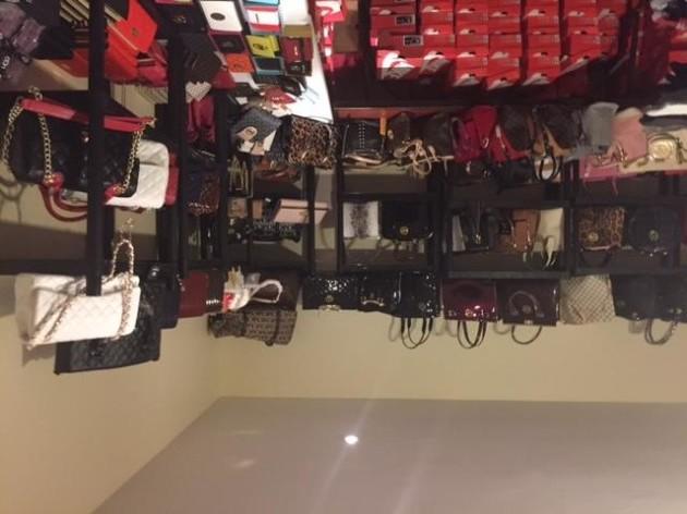 counterfeit goods, Blaney Road, Crossmaglen 1252 091015 - 3