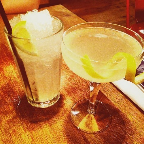 Drinks pre-desert #JamieOliver #Restaurant #Amazing #Cocktails #Martini #Elderflower #Vanilla #limoncello
