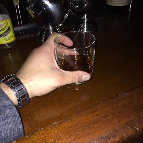 Blantons neat, last drink of the night #blantonsbourbon #bourbon #whiskeyneat #minettatavern