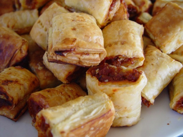 Heaps_of_sausage_rolls