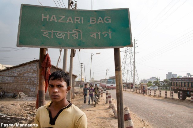hazaribagh-has-a-population-of-just-over-185000-people-and-is-a-neighbourhood-in-dhaka-the-capital-of-bangladesh-it-is-one-of-the-poorest-countries-in-the-world