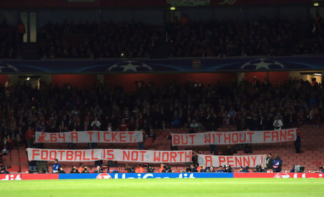 Soccer - UEFA Champions League - Group F - Arsenal v Bayern Munich - Emirates Stadium