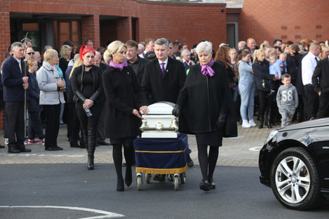 22/10/2015 Hundreds of people attend the funeral o
