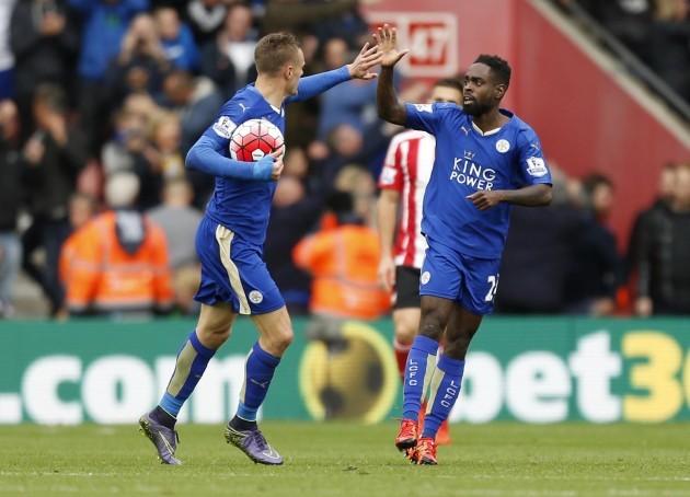 Soccer - Barclays Premier League - Southampton v Leicester City - St Mary's