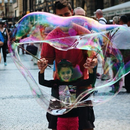 BUBBLES! #prague #czechrepublic #czech #bubbles #vscocam #t5i #interrail #interraileu