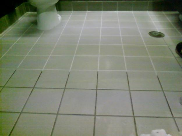dirty-grout--professional-grout-cleaning-in-charlotte-nc-areas-t6hv5cmt