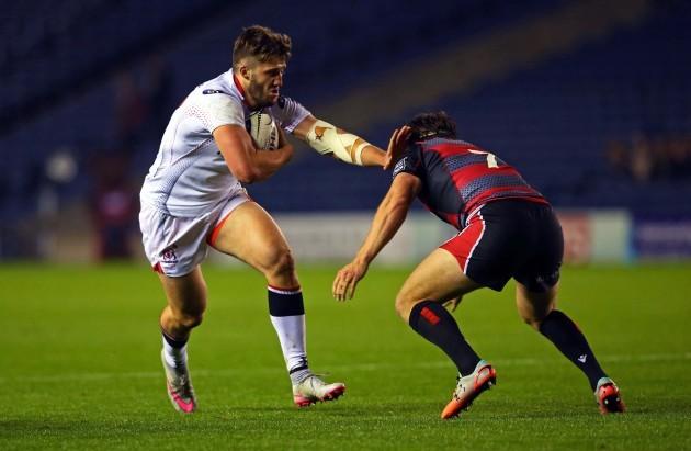 Stuart McCloskey holds off Hamish Watson