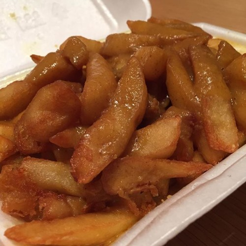 #chipsandcurrysauce from the #chinesetakeaway #chips #currysauce #takeaway