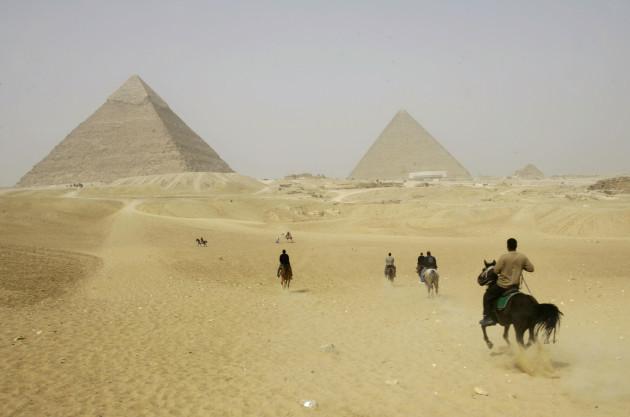 APTOPIX EGYPT PYRAMIDS