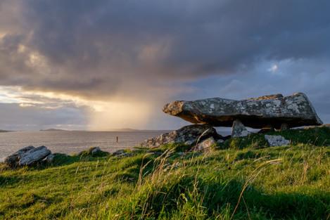 Knockbrack_Megalithic_Tomb,_Galway,_Ireland