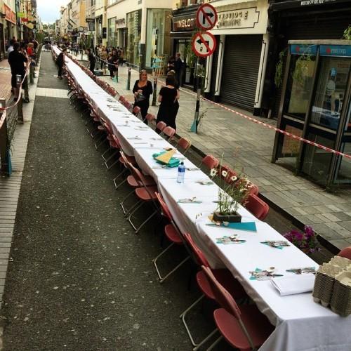 #ourtable#cork#dinner#corkdinner#corkfoodfestival#dinner#ireland#oliverplunkettstreet @corkfoodfestival #irish#food#longtable#table#drink#drinks#corkcity #corkcitycenter#oliverplunkett #oliver#plunkett#oliverplunket