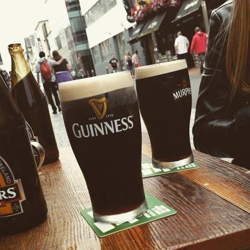 Łoimy browary z @karolinakolpak #cork #ireland #irish #beer #guinness #murphys #irishpub #theoliverplunkett #street