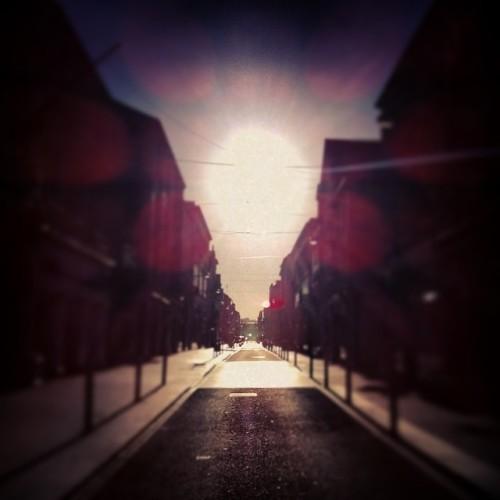 It's like Newgrange but in Cork #morning #thursday #street #sunrise #sun #oliverplunkettstreet #lensflare #bluesky