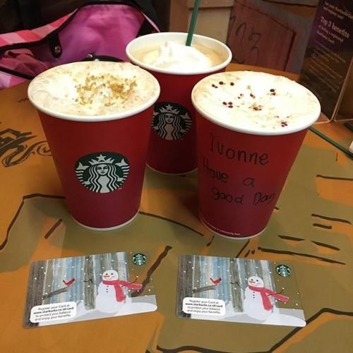#xmas #starbucksindonesia #holiday #panettone #toffeenutlatte #starbuckscard #snowman #christmastedition #haveagoodday