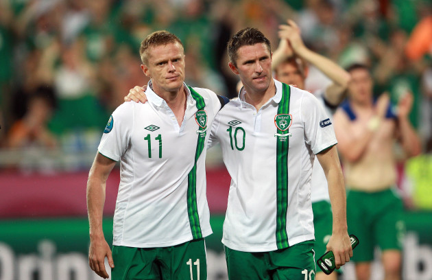 Robbie Keane and Damien Duff at the end of the game