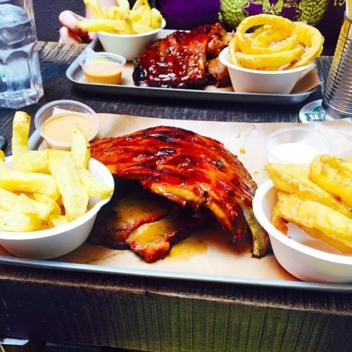 Bison bar has won the bbq wars. Exceeds Pitt Bros. ✋ Brisket and ribs were amazing. #dublin #eats #bbq #bisonbar