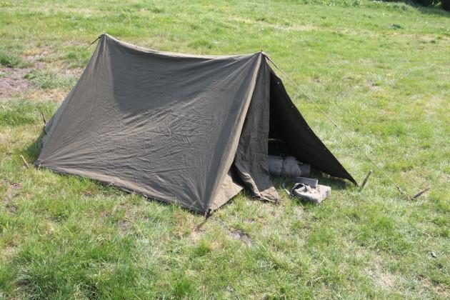 Dutch_army_tent_1955